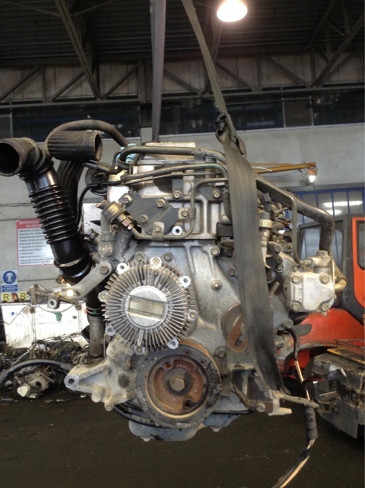 motore mitsubishi pajero 2 8 tdi 4m40 usato